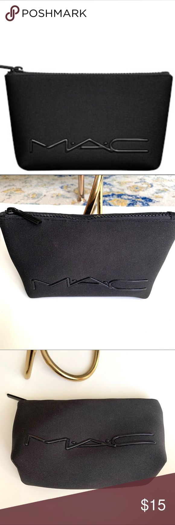 MAC Cosmetics Black Neoprene Makeup Bag A small pouch style neoprene makeup bag …