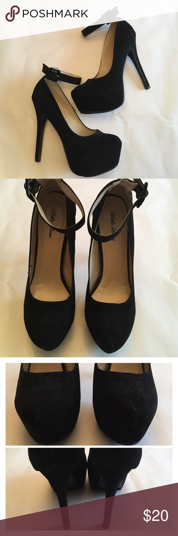 List✨ Bella Luna Black Suede Platform Pumps ECU These beauties are gorgeous and in excellent used condition, only worn a few times. They are 6 inches high with 2.5 inch platform for easy walking. Bella Luna Shoes Heels