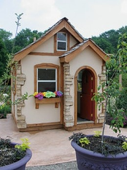 95 Best Images About Playhouse On Pinterest Play Houses