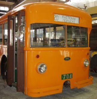 1948 ως σήμερα. Trolleybus Fiat CGE της γραμμής 20 Καστέλα - Πειραιεύς.