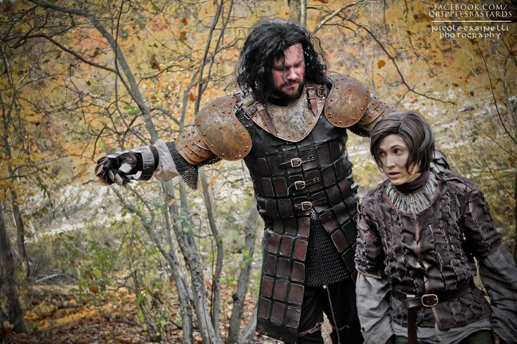 Arya and Hound Game of Thrones Cosplay