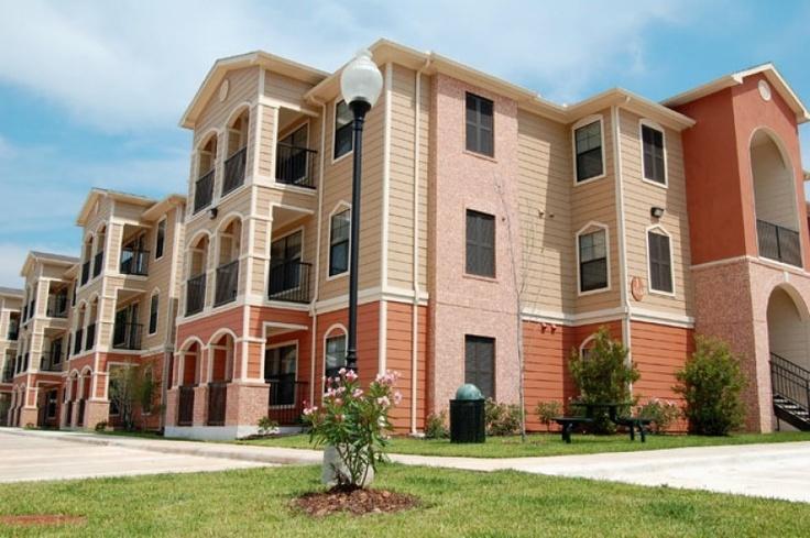 Amenities | Montgomery Village Apartments