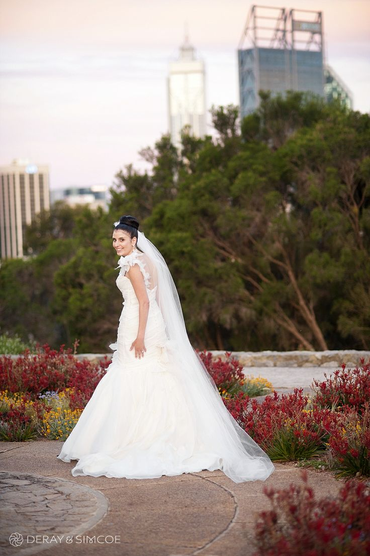 Beautiful sunset over the Perth city skyline. Pretty bridal portrait Location ~ Kings Park, Perth Photography by DeRay & Simcoe