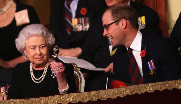 William e a avó, a rainha da Inglaterra (Foto: Getty Images)