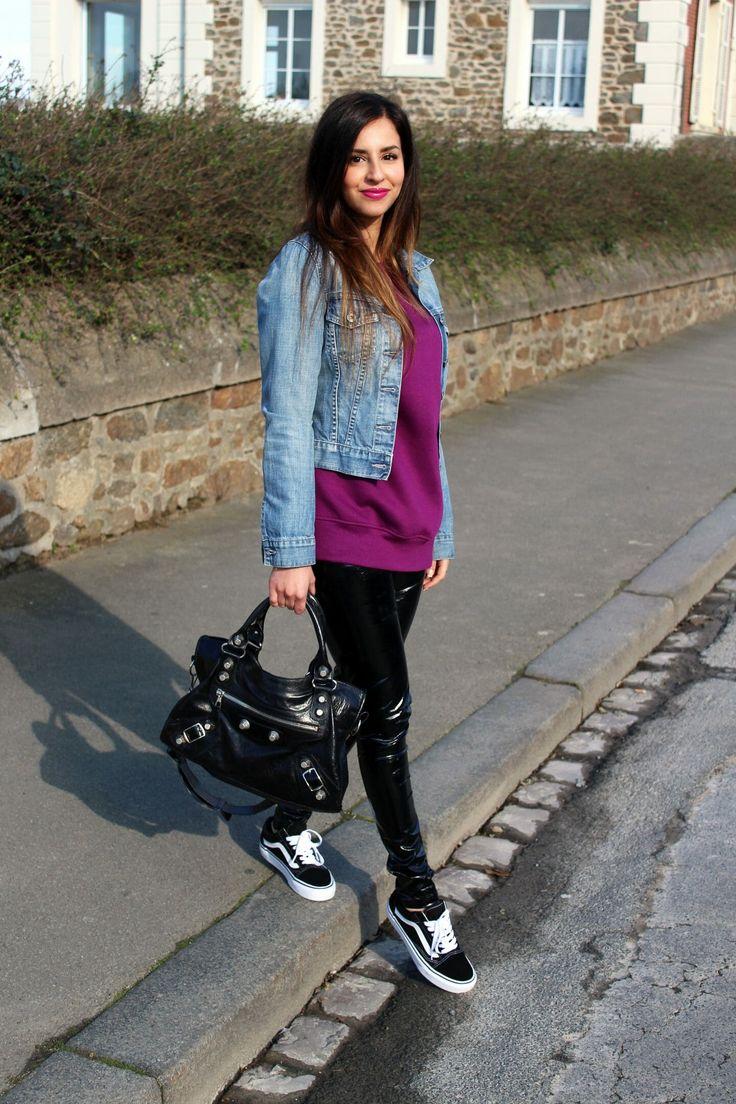 Pantalon en vinyle noir, Vans noir, sweat violet, mode, pas cher