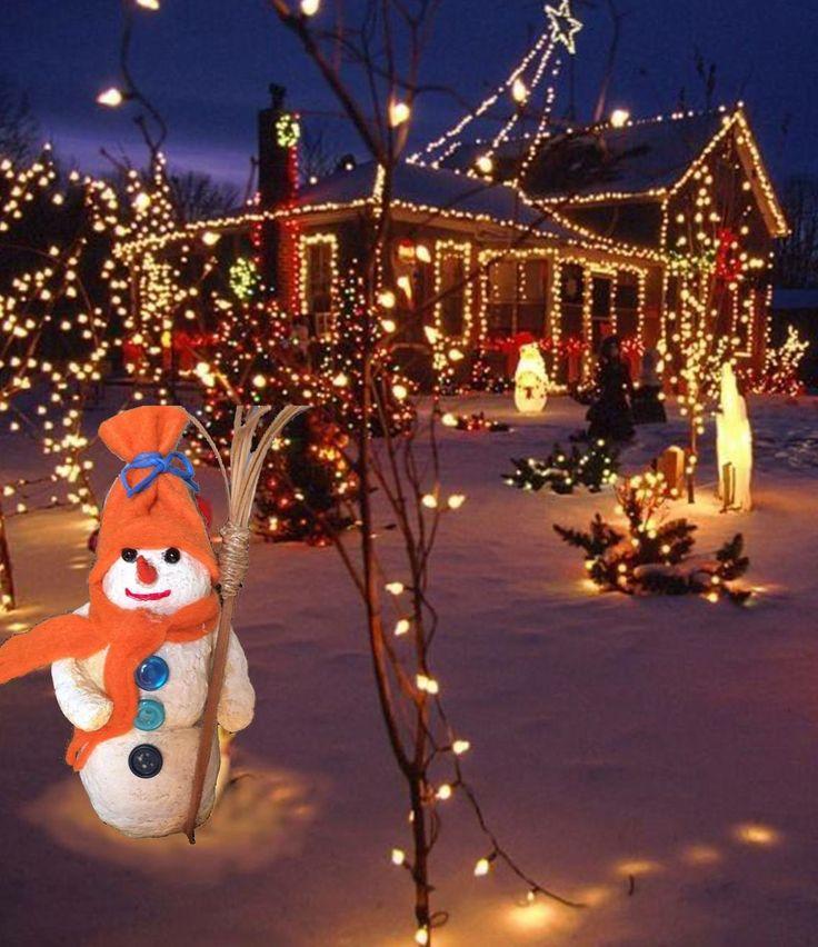 In uno scenario natalizio c'è un pupazzo di neve... senza la neve!! E' un pupazzo di cartapesta prodotta dal Mastrocartaio!