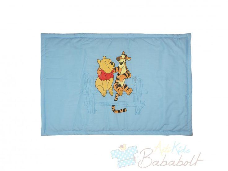 Disney Micimackó baba párna (méret: 40x60 cm), Disney Micimackó baba párna Eredeti Disney termék Micimackó mintával nyomott lapos párna Anyaga: 100% pamut Töltőanyag: 100% poliészter Minőség: I. osztály Gyártó: Asti, Magyarország A termékeknél megadott életkor irányadó! , Babaruhák és gyerekruhák, bababútor, kiságyak a babák kényelméért - Hello Kitty, Disney, Hupikék Törpikék. Babakocsik, gyerekülések, légzésfigyelők a biztonságukért. Folyamatos akciók bababoltjainkban és a webáruházunkban.