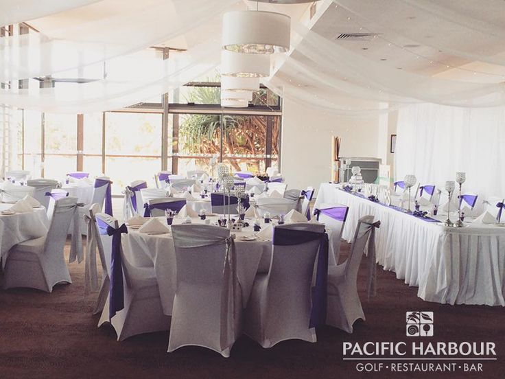 Amanda and Brad's wedding at Pacific Harbour Golf & Country Club