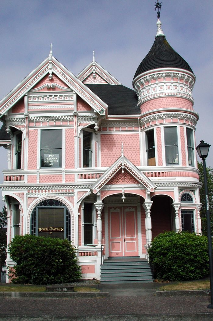 Queen anne style house for Queen anne style