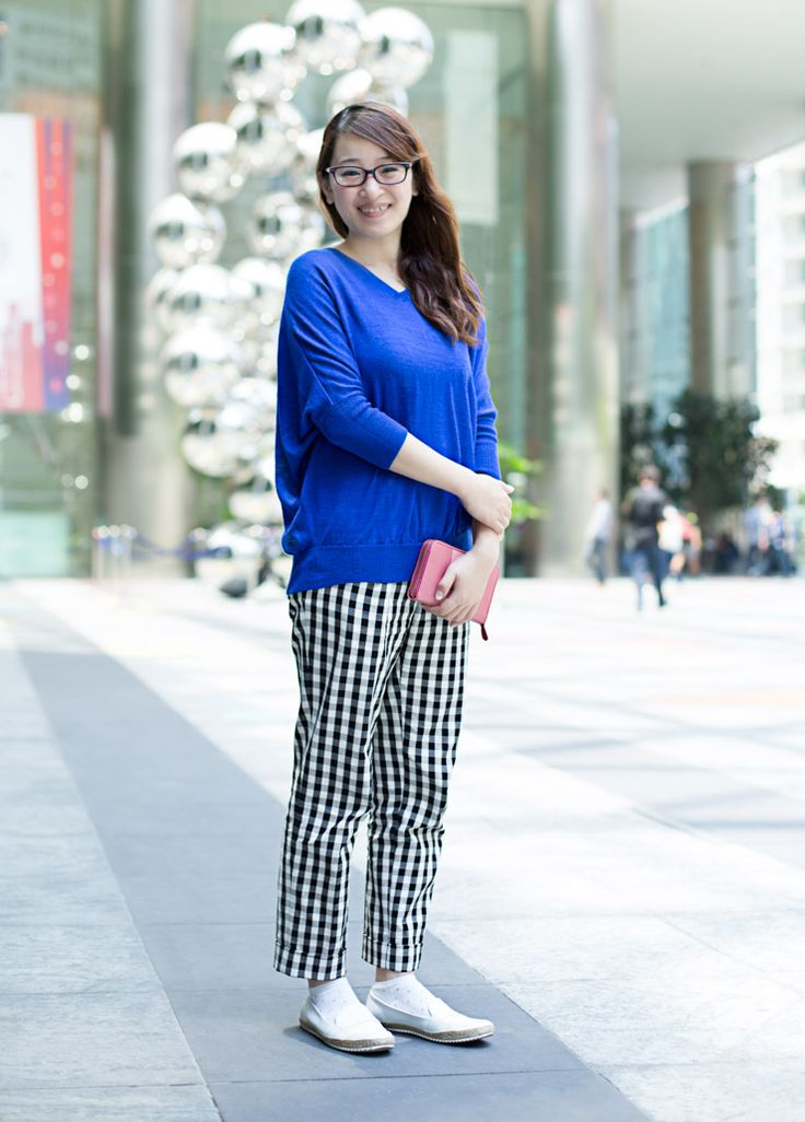 SHENTONISTA: Grand Slam. Tomoco, Consultant, Basic Pants from Uniqlo, Shoes from Charles & Keith, Wallet from Prada.  #shentonista #theuniform #singapore #fashion #streetystyle #style #ootd #sgootd #ootdsg #wiwt #popular #people #male #female #womenswear #uniqlo #charlesandkeith #prada
