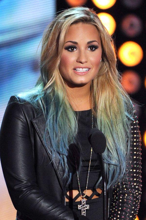 Demi Lovato Mit Bunten Haarspitzen Bilder Hair Make Up