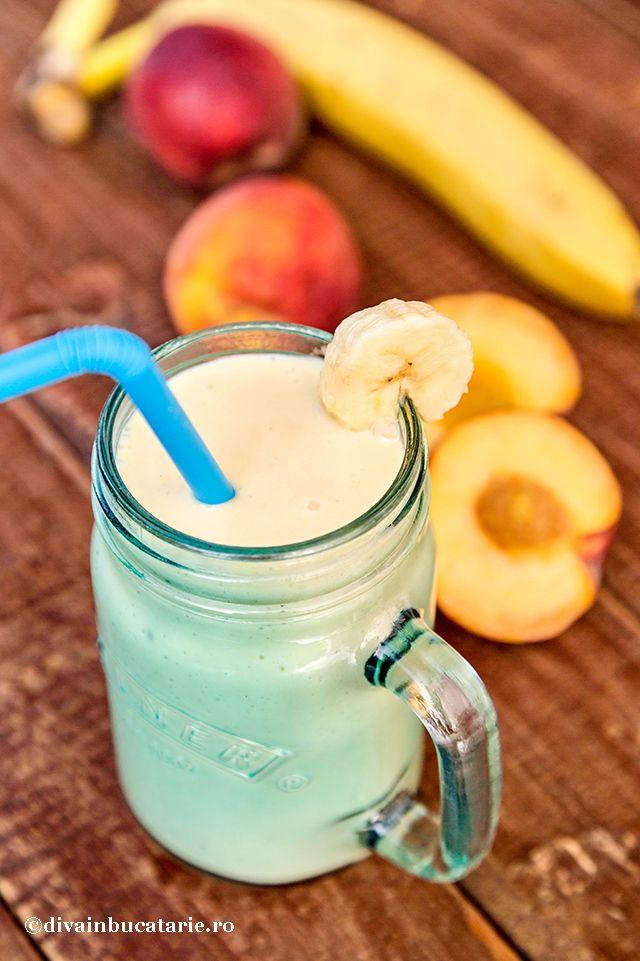 smoothie-de-piersici-cu-banane-0