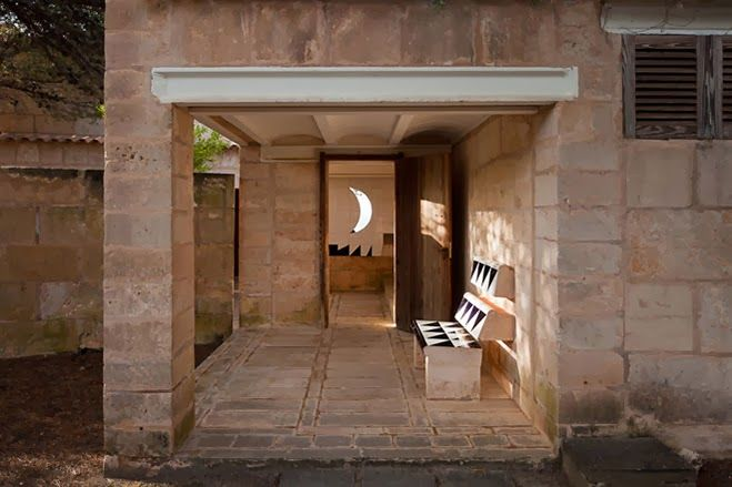 Can Lis is the Majorcan home of Danish architect Jørn Utzon