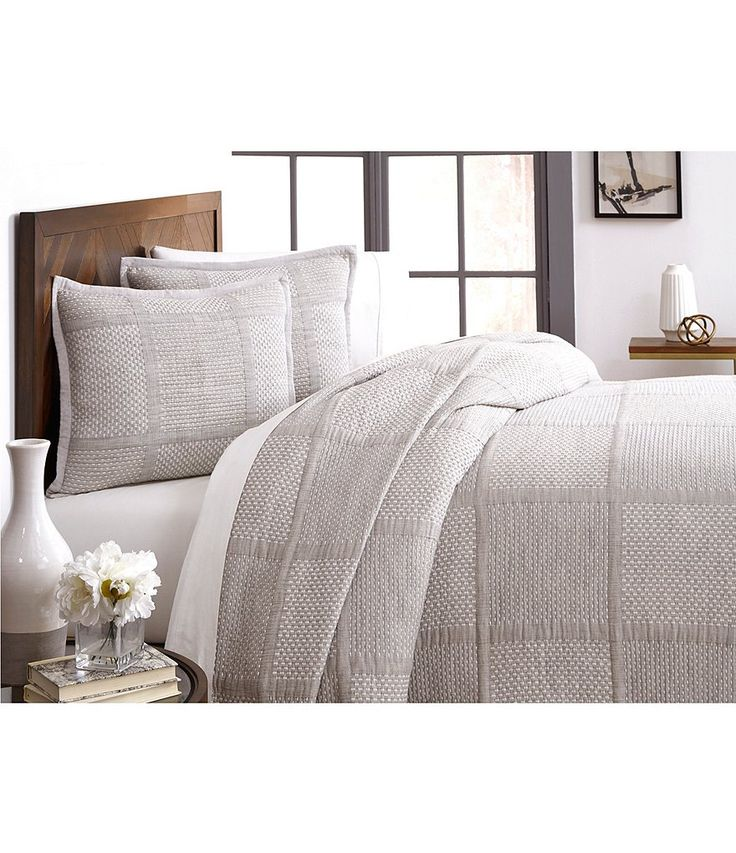 Southern Living Simplicity Collection Mason Coverlet In