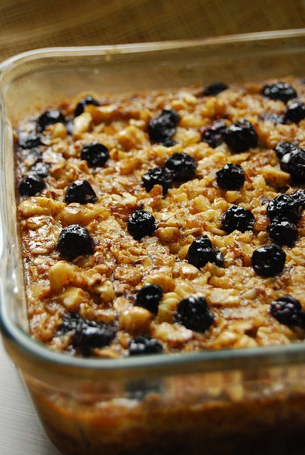 Baked Oatmeal by 80 Breakfasts, via Flickr ( I have a small obsession with breakfast foods, especially oatmeal and eggs)