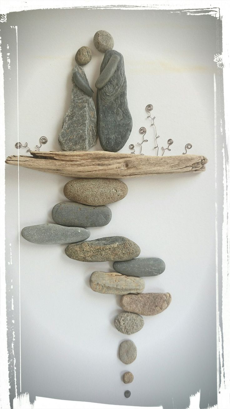 Pebble Art: Beach Pebbles on Driftwood