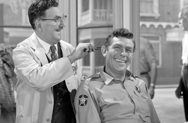 The Andy Griffith Show, episode: 'Opie's Job'. Cast members (from left) Howard McNear as Floyd Lawson, aka Floyd the Barber and Andy Griffith as Sheriff Andy Taylor. Image dated July 7, 1965. (Photo by CBS via Getty Images) *** Local Caption *** Andy Griffith;Howard McNear