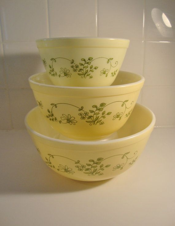 Vintage Yellow Pyrex Nesting Mixing Bowls. Have this set as well as larger bowl not picture and Cinderella set (which was my first set of pyrex bowls I ever bought)