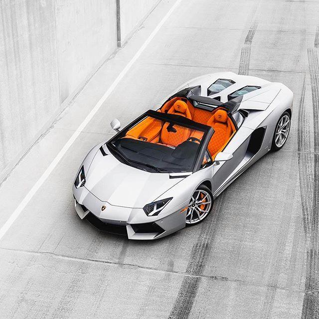 Lamborghini Aventador Roadster - https://www.luxury.guugles.com/lamborghini-aventador-roadster-15/