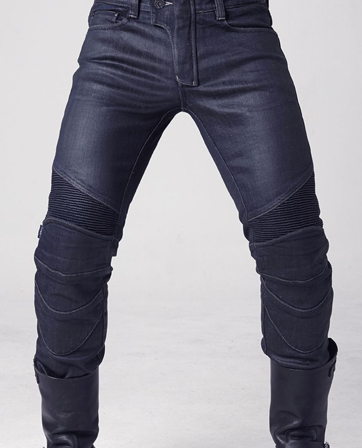 These awesome pair of motorcycle pants are the UglyBROS Triton in blue made with coated Denim and 12oz Stretch Denim.