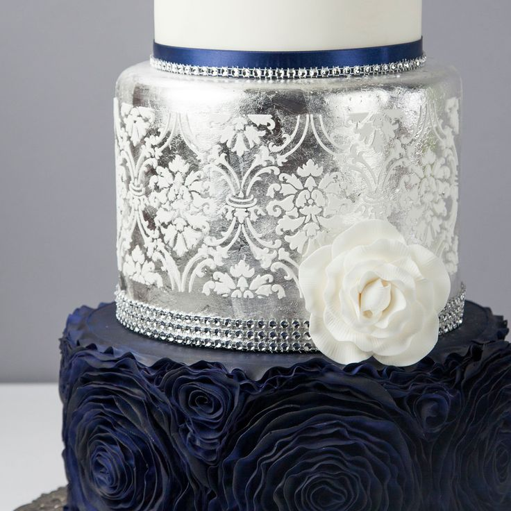 1000 ideas about midnight blue weddings on pinterest for Midnight blue centerpieces