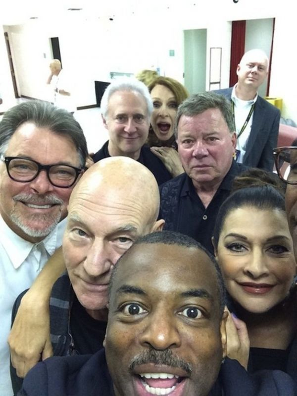 The Greatest Star Trek Selfie Ever, LeVar Burton tweeted out this fantastic image showing himself and several actors from both The Next Generation and the original series. Behind Burton (Geordi La Forge) are Patrick Stewart (Jean-Luc Picard), Jonathan Frakes (Will Riker), Marina Sirtis (Deanna Troi), William Shatner (Jim Kirk), Brent Spiner (Data), Gates McFadden (Beverly Crusher), and some character. The crew reunited to make an appearance together at the Wizard World convention in Chicago.