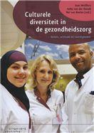 Wolffers, Ivan. Culturele diversiteit in de gezondheidszorg: kennis, attitude en vaardigheden. Plaats VESA 616.083.2 CULT