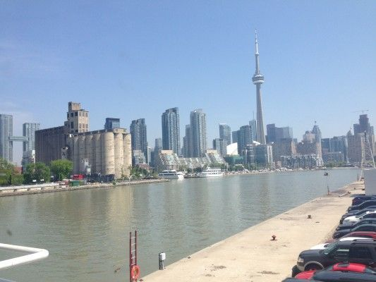 Flying Porter Airlines to Toronto