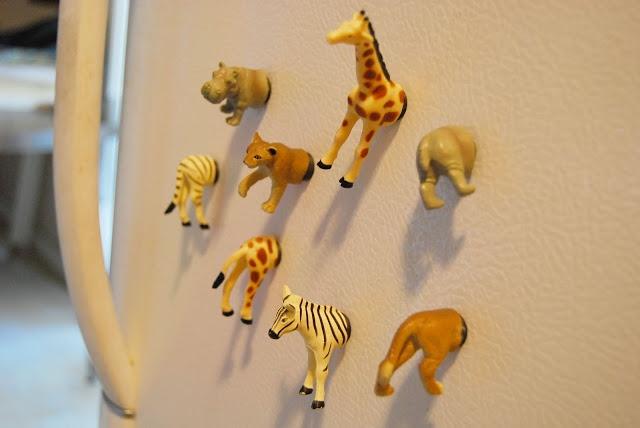 Splijt je speelgoeddieren in tweeën, om er koelkastmagneten van te maken