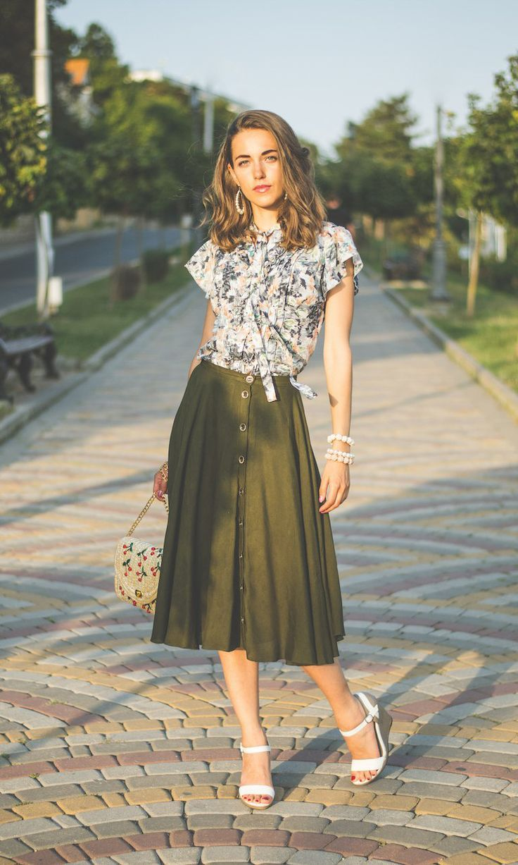 Summer Blouse With Ruffles And Khaki Skirt Length To Mid Calf Feminine Outfits From The Designer Genri Mid Skirt Outfits Skirt Fashion Mid Length Skirt Outfit [ 1227 x 736 Pixel ]