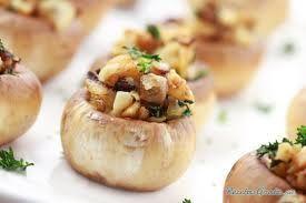 Patatas rellenas de queso y champiñones