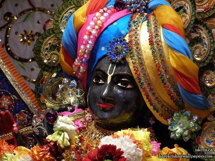 Sri Khirachora Gopinath Close up Wallpaper (001)   Download Wallpaper: http://wallpapers.iskcondesiretree.com/sri-khirachora-gopinath-close-up-iskcon-toronto-wallpaper-001/  Subscribe to Hare Krishna Wallpapers: http://harekrishnawallpapers.com/subscribe/  #KhirachoraGopinath, #Krishna