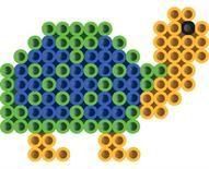 Duidelijk patroontje: schildpad van strijkkralen.