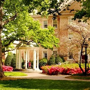 University of North Carolina - Chapel Hill | 41 Scenic College Campuses That Were Made For Instagram