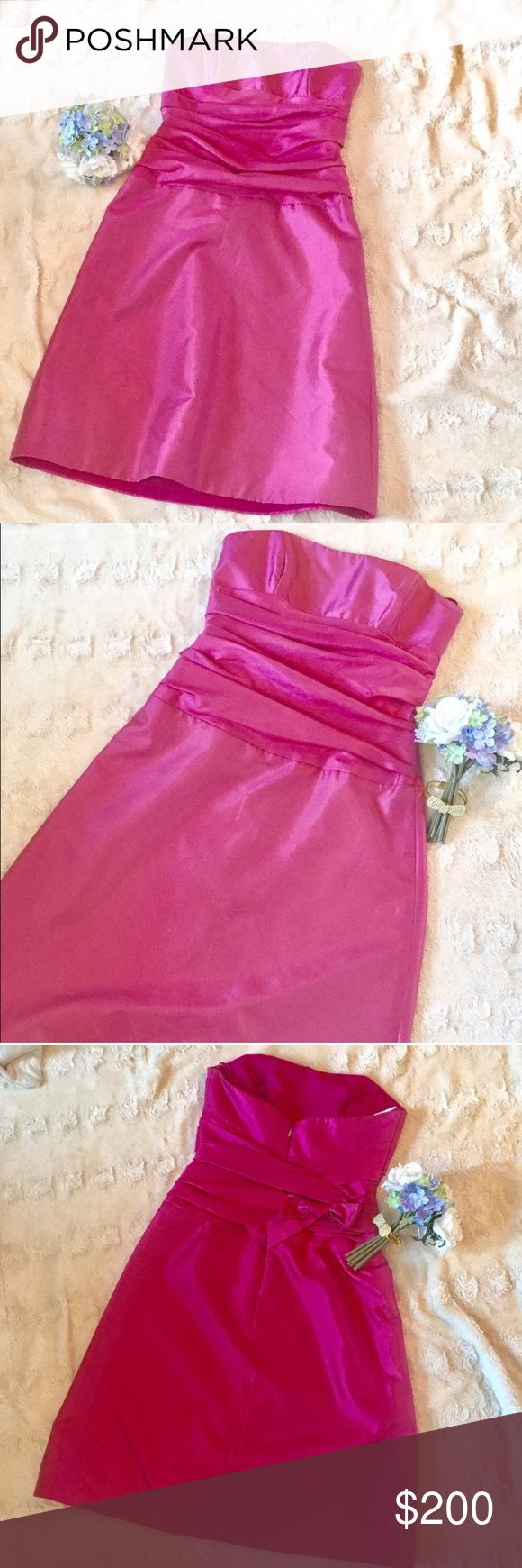 Amsale Pink  Strapless cocktail Dress. Size 6 Amsale Pink  Strapless cocktail  Dress. Size 6. Excellent used condition. One of the the most upscale bridal designers for a fraction of the original price! Perfect dress for prom,  bridesmaid or maid of honor. amsale Dresses Strapless