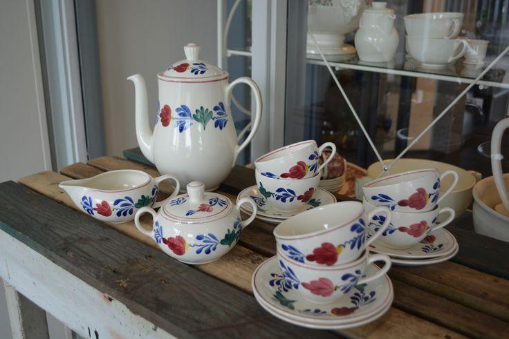 www.serviesmerij.nl Boerenbont koffie/thee servies Antiek Deco