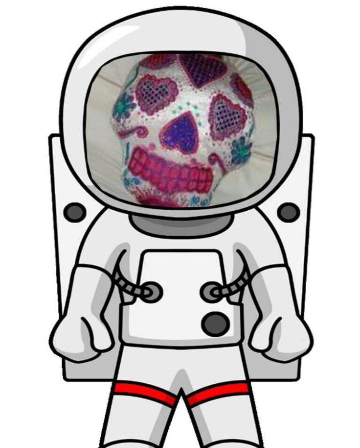 Hahaha skullcushion #sugarskullcushion #sugarskullpillow #throwpillows #skullpillow #dayofthedead #mexico #embellish #spiritual