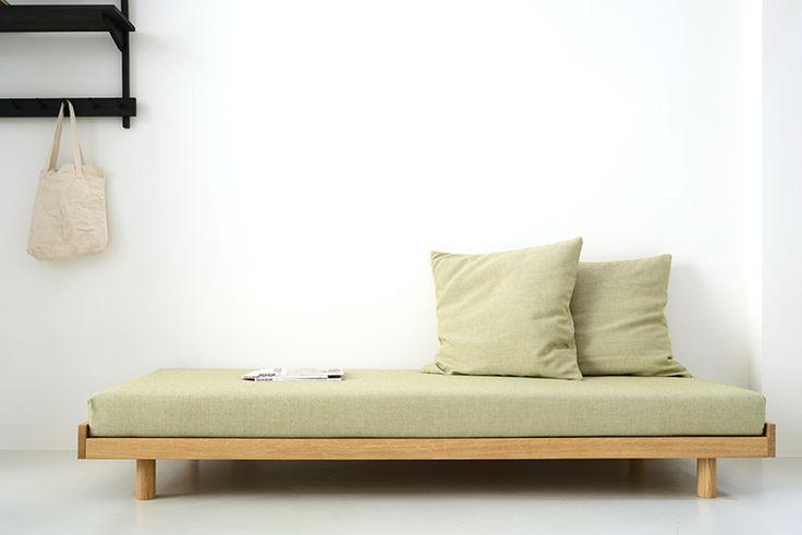 """Schreibtisch Ikea Mikael Maße ~ Über 1 000 Ideen zu """"Tagesbett auf Pinterest  Tagesbetten"""