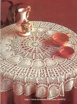 Crocheted Tablecloth ~ gorgeous!