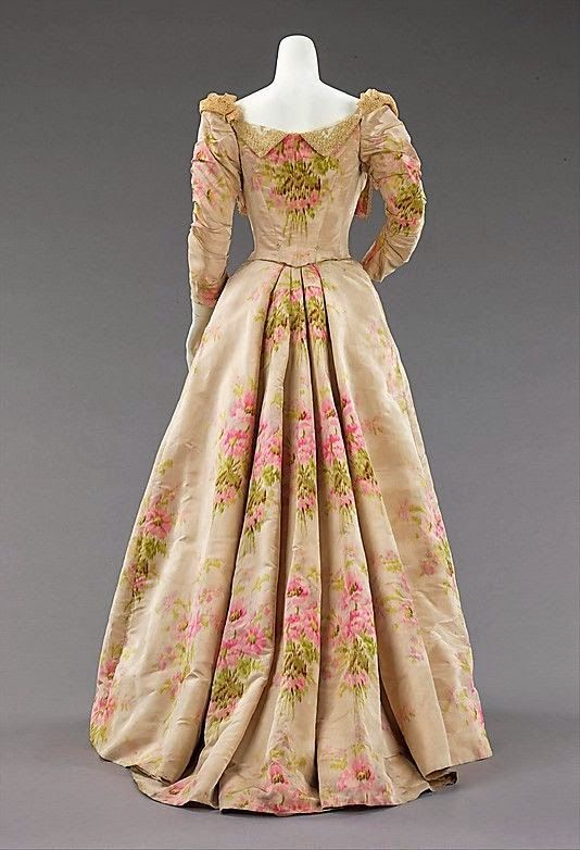 1897 evening dress by House of Worth (via Writers in ...