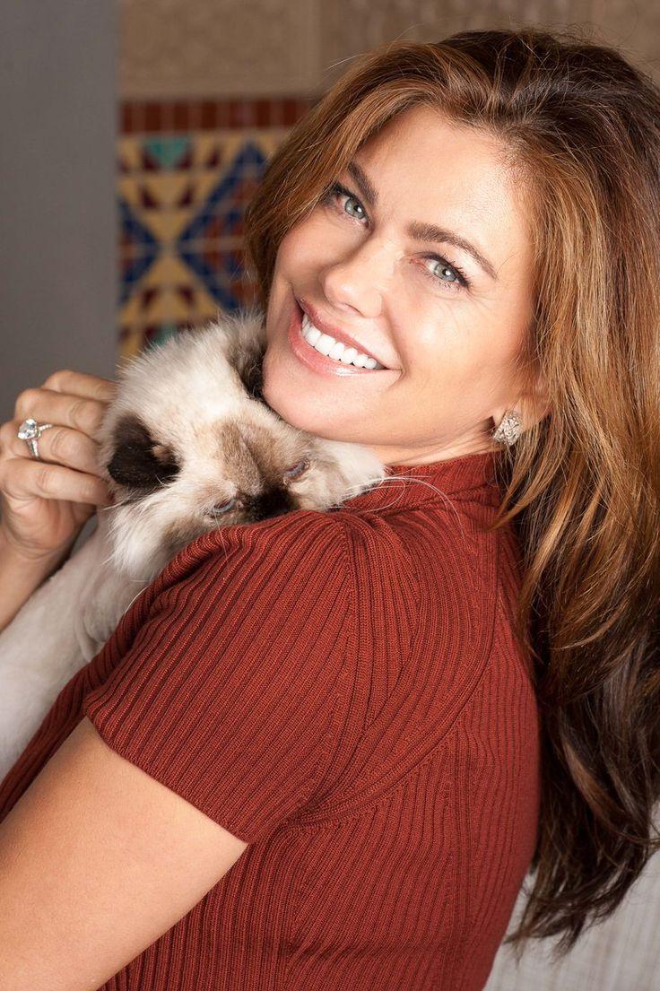 kathy ireland (@kathyireland) | Twitter international cat day. Loved ones.