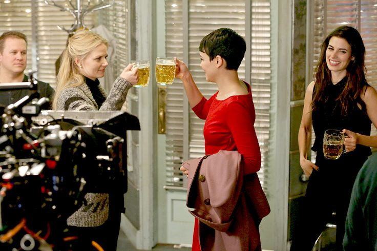 Emma Swan Promotional Stills // 2.10 - The Cricket Game.  Snow White, Ruby Lucas