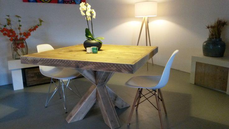 59 best tables en ancien bois d 39 chafaudage images on. Black Bedroom Furniture Sets. Home Design Ideas