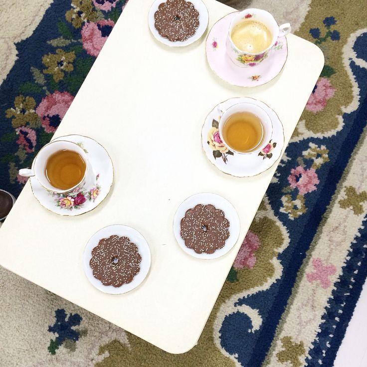 Teatime in our studio!  www.vanonzetafel.nl