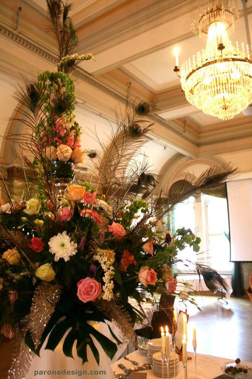 Noutopöydän koristelu. #pöytäkukat #pöytäkoristelu #hääkukat #decoration #centerpiece #weddingflowers #buffet #noutopöytä #hääkenraalit