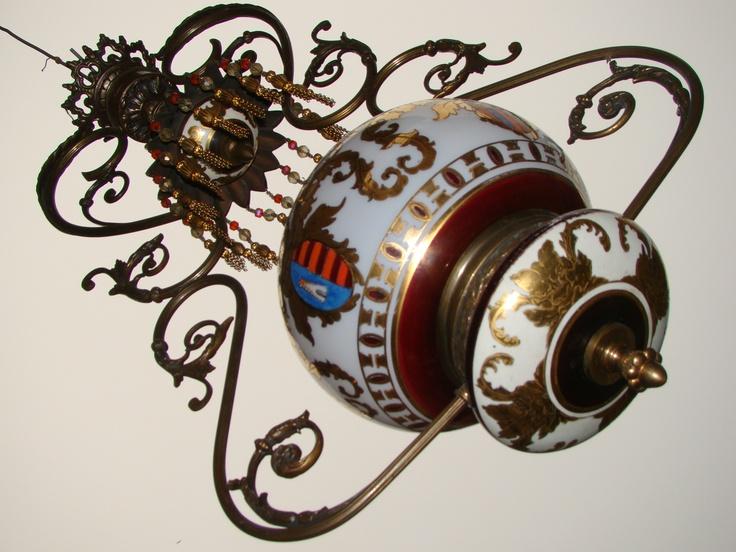 Antiguo y exclusivo quinque pintado a mano estilo español, un lujo !