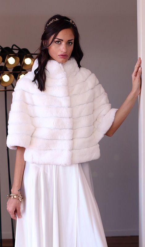 Orylag Jacket - Elsafur #elsafur #fur #furs #furcoat #coat #cappotto #peliccia #pellicce #bridal #minkjacket #furcape #sablefur #sablejacket #sablecoat #minkcoat #chinchillafur #orylagjacket #orylagstole #furstole