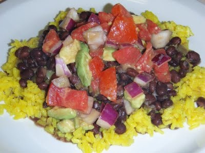 Skinny Bovine's Kitchen: recipe of the week: cuban black beans and rice with balsamic avocado dressing