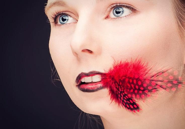 Model: Daisy Ruter   Photographer & copyright: Martin van Harmelen   MUA: Tasmara van Loon