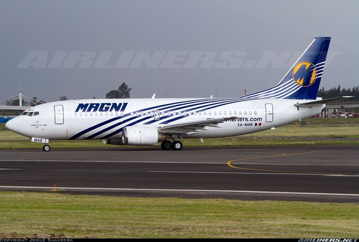 Magnicharters (August 1, 2013) Boeing 737-301 / XA-MAB
